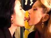 Mature lesbian seduces pretty chick